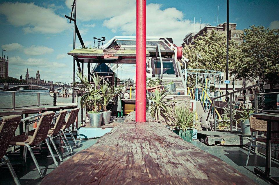 london-tamesis-dock-bar-optimised