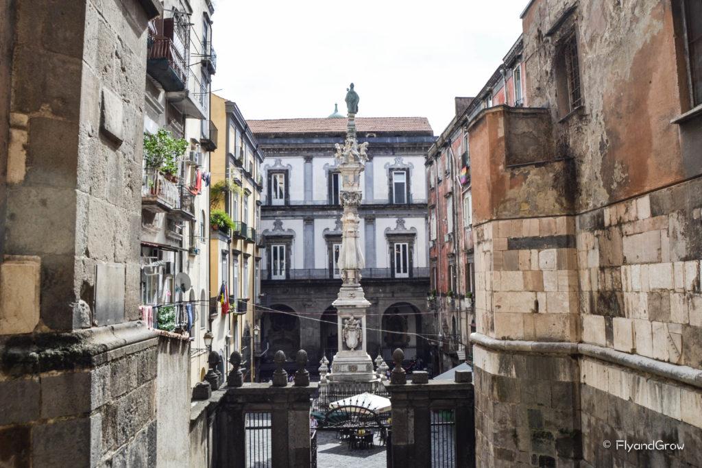 Salida de la Catedral de San Genaro