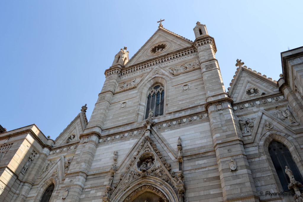 Fachada de la Catedral de Napoles