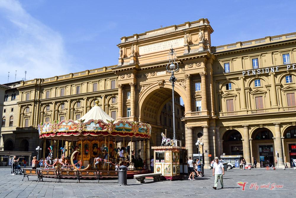 plaza república que ver en Florencia