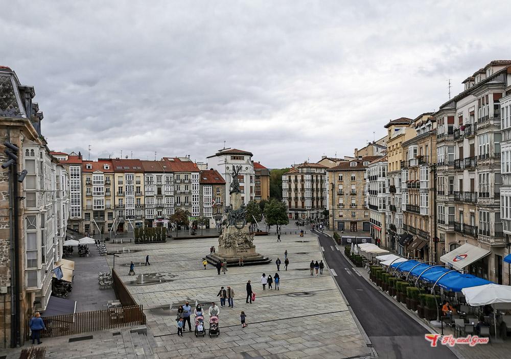 Plaza de la Virgen en Vitoria